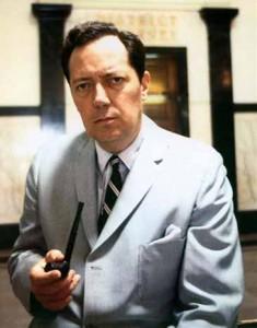 Jim Garrison (1921-1992), il procuratore distrettuale di New Orleans che portò in aula l'assassinio Kennedy