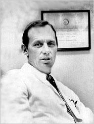 Il dottor Malcolm O. Perry (1929-2009)